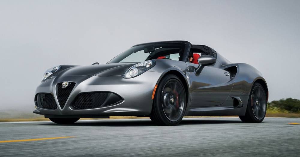 Exclusive Fun in the Alfa Romeo 4C Spider