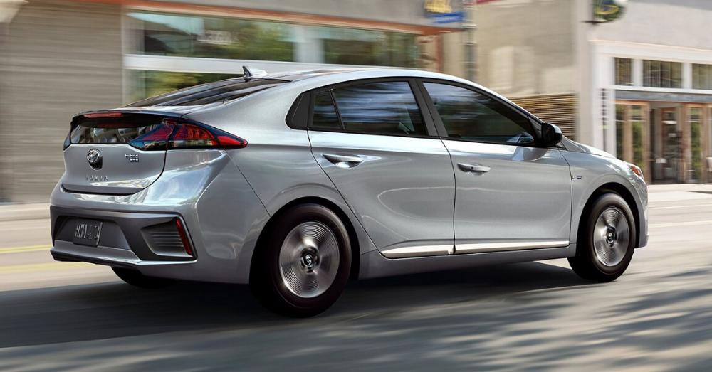 Should You Buy the Hyundai Ioniq Hybrid?