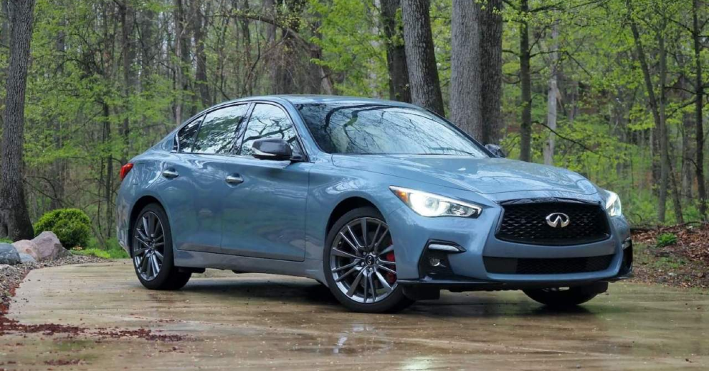 Amazing Fun and Power Awaits You in the INFINITI Q50 Red Sport 400
