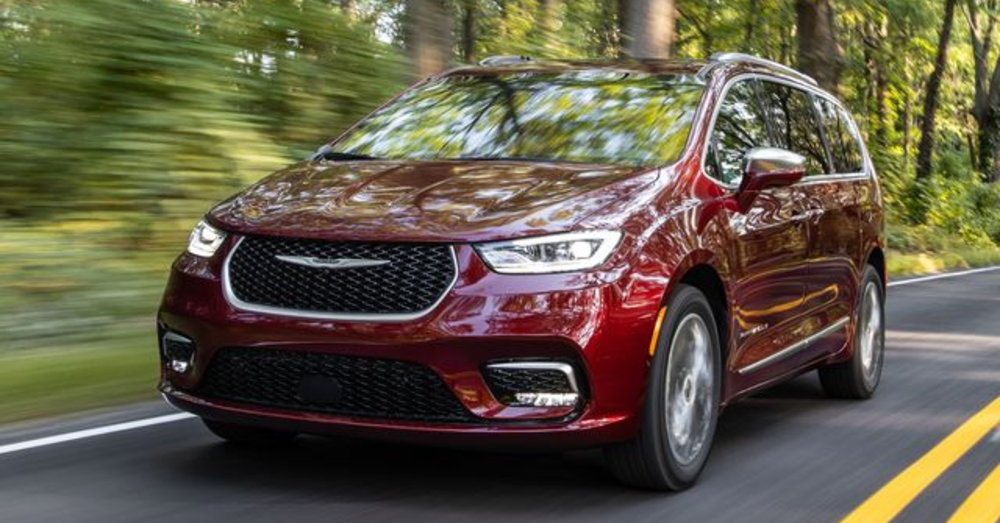 Does the Chrysler Pacifica Limited Give You the Right Stuff?